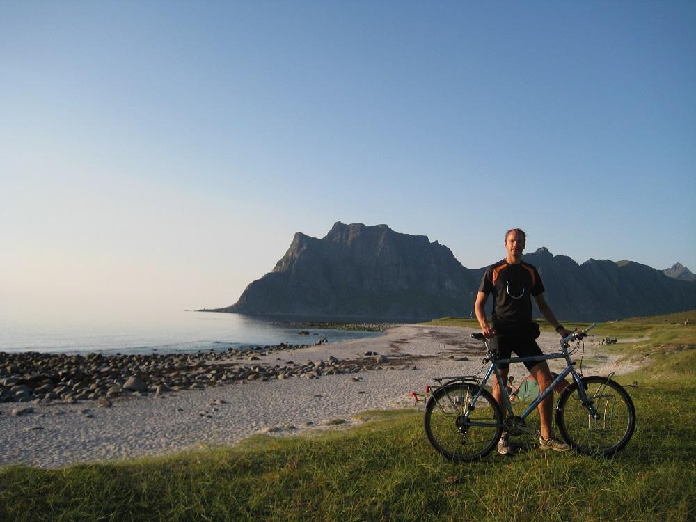 fietser bij Lofoten