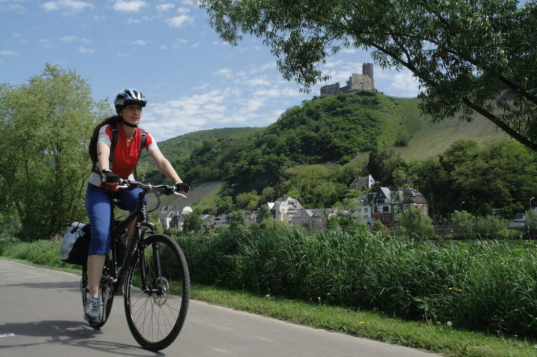 fietser op de Moselradweg
