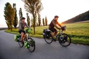 fietsers op fietsvakantie