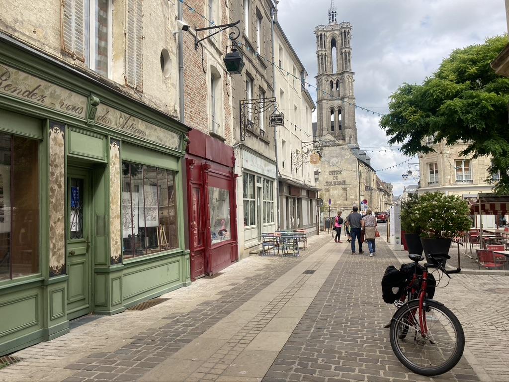 Laon Fietsen naar Parijs