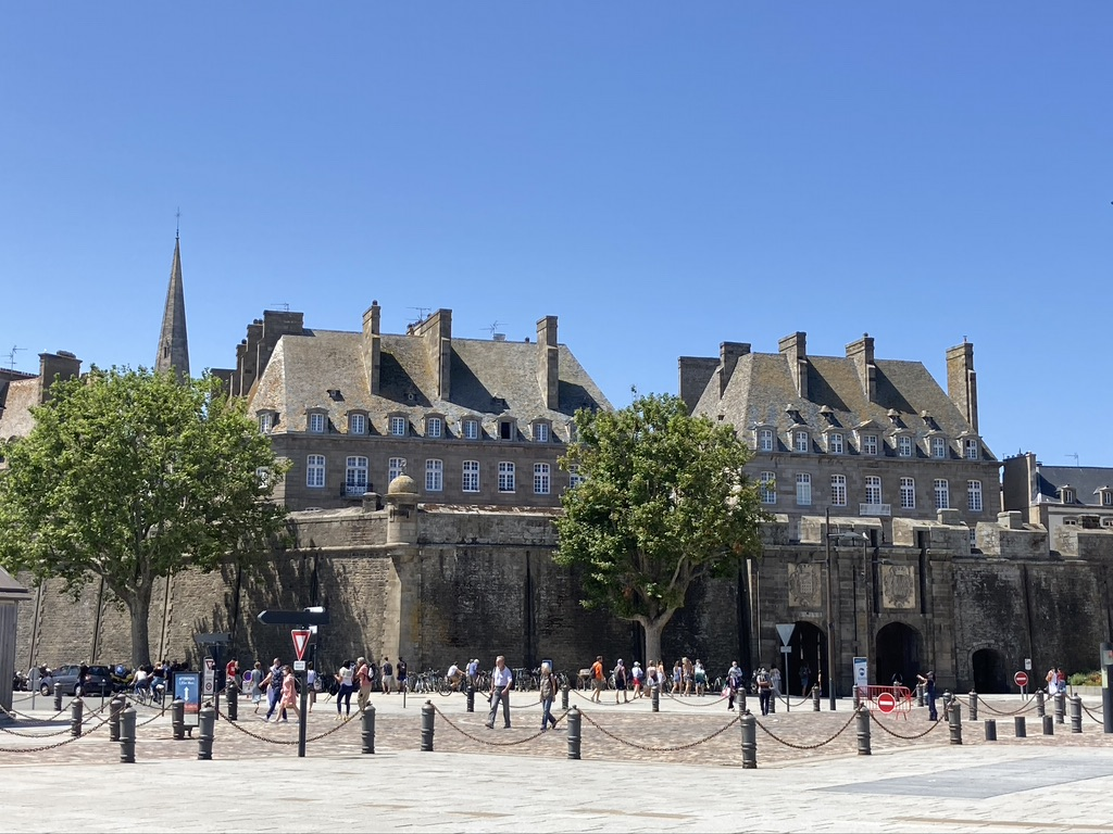 De stadsmuren van Saint-Malo